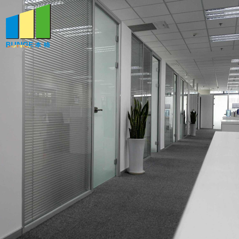 83 mm Type Aluminum Alloy Anodized Glass and Full Panel Solid Partition Walls